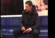 Imagini revoltatoare suprinse in metroul bucurestean. Un calator fumeaza si injura fara ca nimeni sa intervina