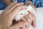 Ancheta la Spitalul din Alba Iulia dupa ce un bebelus de 9 luni s-a ales cu mana arsa si infectata din cauza unei branule puse gresit. Baietelul va fi operat joi