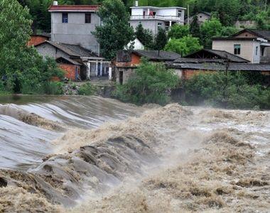 Cod galben de inundatii in sase judete din zona Moldovei. Avertizarea hidrologilor e...