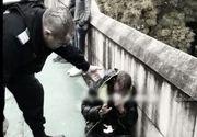 O femeie a fost atacata in plina strada la Timisoara. Un tanar a incercat sa ii fure geanta