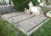 Doi baieti minori au profanat 11 morminte dintr-un cimitir din Arad - Politia a deschis o ancheta in acest sens