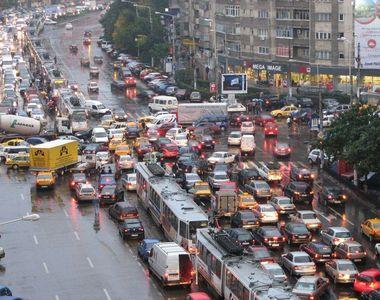 Oficialii au incercat sa explice de ce traficul este infernal in Bucuresti: In cinci...