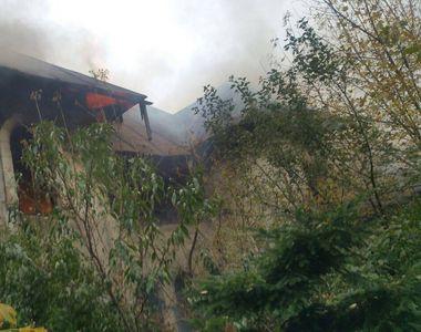 Incendiu de proportii la o casa din centrul Bucurestiului. Din fericire, imobilul este...