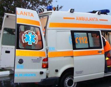 Timisoara: O fetiţă de 12 ani a ajuns la spital după ce a fost lovită de o ambulanţă