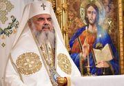 Vicepremierul Vasile Dîncu si seful SRI, Eduard Hellvig, decorati de Patriarhul Daniel