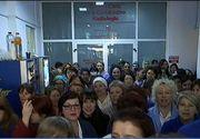 Personalul medical a decis sa suspende actiunile de protest, dupa ce deputatii au promis marirea salariilor