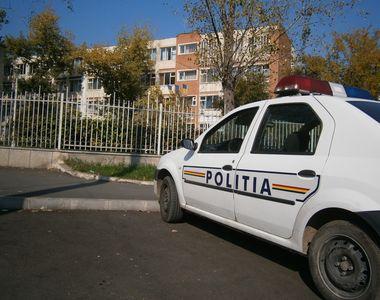 """Un elev de 13 ani a ajuns la spital, dupa ce a fost batut de gardianul scolii: """"A..."""