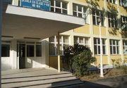 Decizie bizara in cazul profesorului de la scoala fiicei Adrianei Iliescu, acuzat ca fotografia eleve pe ascuns! Judecatorii i-au anulat sanctiunea si obliga institutia sa-i plateasca banii retinuti