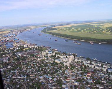 Orasul din Romania care se prabuseste peste Dunare cu 12 centimetri pe an. Specialistii...