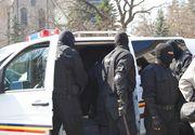 Perchezitii de amploare in Arges la scoli de soferi si la o clinică medicala, intr-un dosar privind eliberarea frauduloasă de acte medicale pentru permis auto