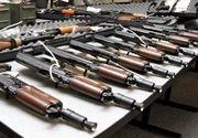 Sute de arme confiscate de politisti de la o firma din Dambovita. Administratorul societatii este cercetat penal