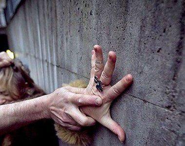 Un barbat din Brasov a fost condamnat la inchisoare dupa ce a violat si sechestrat 3...