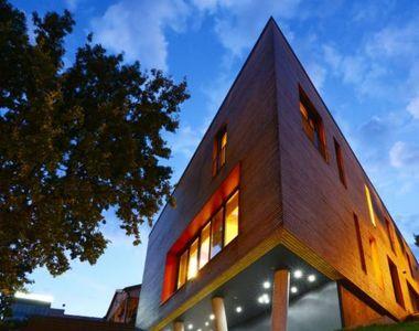 Arhitectul Sorin Magda, din Alba Iulia, a construit cea mai frumoasa casa din...