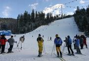 Ai chef de-o plimbare la munte? E weekend cu zapada pe partii. Aici s-a deschis deja sezonul de schi