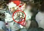 Le-a furat portofelele din geanta in mai putin de 2 secunde! Imaginile care scandalizeaza Romania!