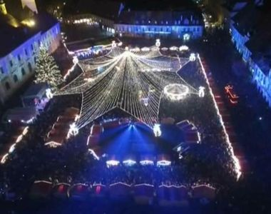 Magia Sarbatorilor este la ea acasa in Sibiu! S-a deschis targul traditional de...