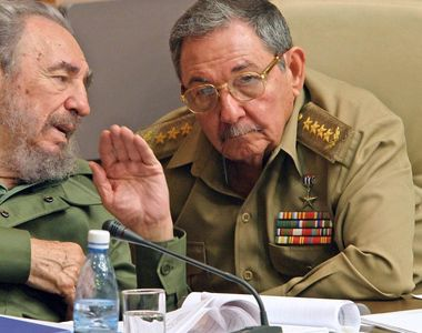 """Ion Mihai Pacepa:""""Fidel Castro si fratele lui au facut afaceri cu droguri cu..."""