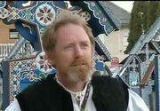 """Peter Harley, irlandezul cu suflet de roman! A dus numele tarii noastre in intreaga lume si poarta camasa traditionala cu mandrie: """"Sunt convins ca aici e o comoara a Europei"""""""