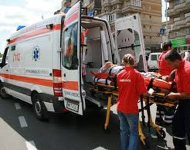 Doua persoane au fost ranite in urma unei explozii produse intr-un bloc din Drobeta...