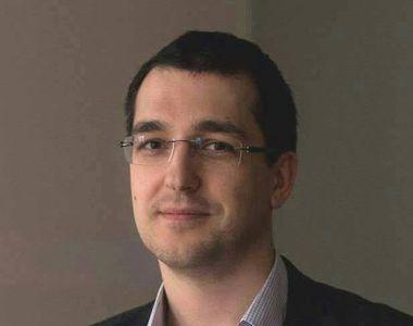 """Ministrul Sanatatii, Vlad Voiculescu: """"Dezinfectarea mainilor in spitale nu se..."""