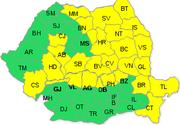 Codul galben de vant, mentinut in 28 de judete si ridicat pentru Bucuresti si 13 judete din vestul si sudul tarii