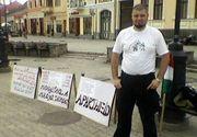 Csibi Barna a facut din nou scandal de 1 Decembrie! Etnicii maghiari s-au aratat deranjati de discursul unui preot roman la Sfantu Gheorghe