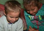 Copiii din Huedin, care isi faceau temele pe jos la lumina candelei, au primit un strop de fericire. Cine le-a adus curentul electric in casa