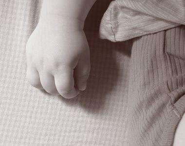 Mama al carei copil a ajuns la spital plin de vanatai are o reactie halucinanta cand i...