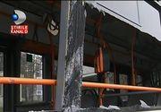 Accident teribil in Capitala. Un tramvai a izbit un autobuz din plin