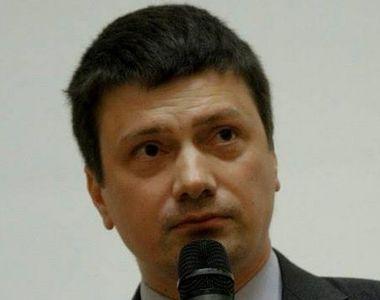 Proaspat senator, Ionut Vulpescu, fostul ministru al Culturii, este absolvent de Teologie