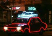 Anul asta, Mos Craciun vine cu... masina. Cum arata autoturismul care atrage privirile tuturor romanilor
