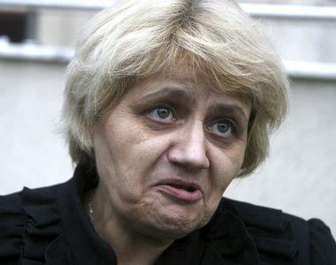 Cristiana Anghel, fosta senatoare si grevista a foamei, are de returnat 19.200 de lei...