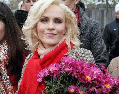 Gabriela Firea isi imprumuta prietenele cu zeci de mii de euro, dar isi recupereaza...