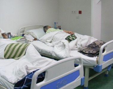 Situatie incredibila! Si-au internat parintii in spital ca sa poata petrece linistiti...
