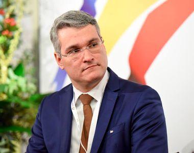 Dragos Pislaru, actualul ministru al Muncii, spune ca alocatiile pentru copiii din...
