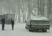 E vai si-amar in nordul tarii, unde a nins in 24 de ore cat pentru tot anul! Soferii au ramas inzapeziti si asteapta drumarii care nu mai vin