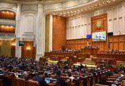 Noii ministri au ajuns la Guvern, cu trei microbuze, pentru prima sedinta; un ministru s-a impiedicat pe scari