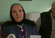 "Mamaie Elizabeta si sotul ei se chinuie sa traiasca in Romania cu o pensie de 39 de lei - ""Imi e frica de greul asta, dar ne rugam la Dumnezeu sa ne dea caldura"""
