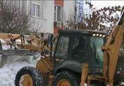 E prea mult ghetus pe aleile din cartier? Angajatii firmelor de salubrizare va sfatuiesc de unde sa va cumparati sare la un pret accesibil