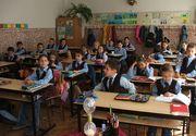 Elevii vor sta cu doua ore mai mult la scoala din septembrie 2017