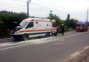 O ambulanta care transporta o pacienta cu probleme cardiace la Spitalul de Urgenta Vaslui a luat foc in mers