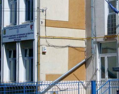 Angajata a DSVSA Botosani gasita moarta in toaleta institutiei. Politistii au deschis o...