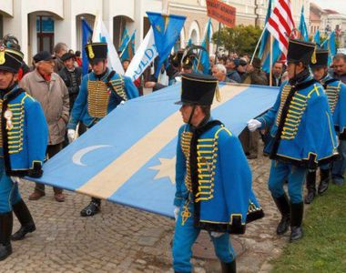 Proiect: Tinutul Secuiesc va avea un presedinte, iar autoritatile regionale preiau...