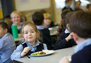 Din toamna, elevii primesc o masa calda la scoala in loc de lapte si corn - Care sunt unitatile de invatamant vizate