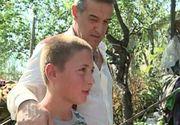 """Marian Ursea, copilul ajutat de Becali, invata la o scoala profesionala din Buzau si este dascal la biserica. Gigi Becali: """"Nu o sa-mi iau mana de pe el"""""""