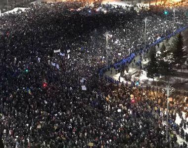 Protest cu incidente, miercuri noapte in Bucuresti. 100 de ultrasi au fost arestati....