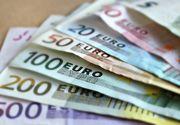 Euro depaseste 4,52 lei, atingand un nivel maxim al acestui an