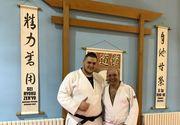 Antrenament inainte de alegerile pentru Federatia Romana de Judo. Cozmin Gusa, pe tatami cu fiul sau