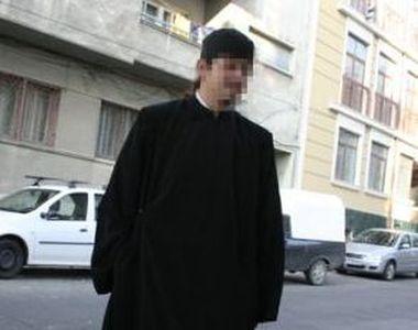 Preotul din Cernavoda devenit celebru dupa ce a fost filmat in pat cu o femeie si-a...