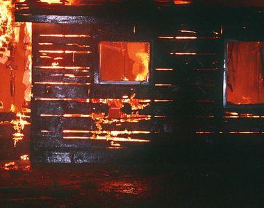 Batrana de 81 de ani, din Tanacu, gasita arsa de vie in casa. Locuinta i-a luat foc,...